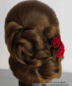 Roll with ruffles - side flower