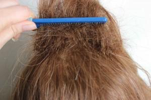 backcomb the hair
