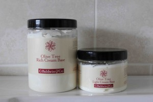 Olive tree base cream